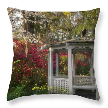 Morning Glow At The Plantations Throw Pillow