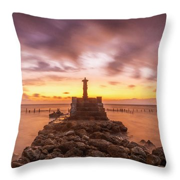 Throw Pillow featuring the photograph Morning Scene In Nusa Penida Beach by Pradeep Raja Prints