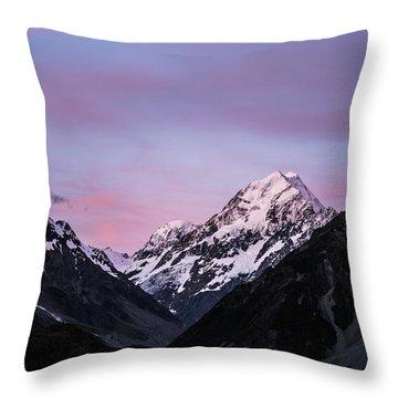 Mount Cook Sunset Throw Pillow