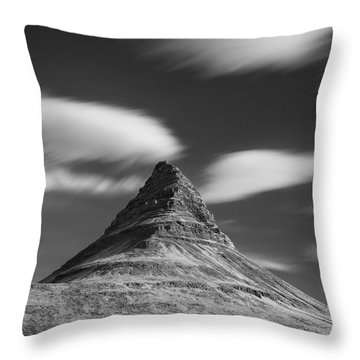 Mount Kirkjufell In Iceland Under The Sky Throw Pillow