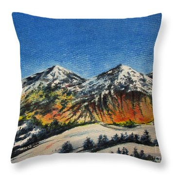 Mountain-5 Throw Pillow