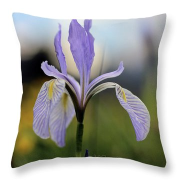 Mountain Iris With Bud Throw Pillow