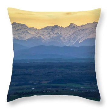 Mountain Scenery 15 Throw Pillow