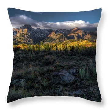 Mountains At Sunrise - 0381 Throw Pillow