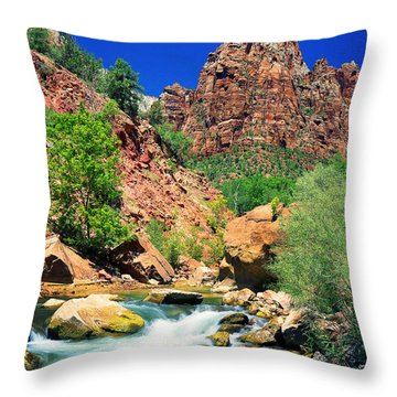 Mt.moroni / Virgin River Throw Pillow