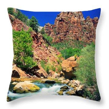 Mt.moroni / Virgin River Throw Pillow