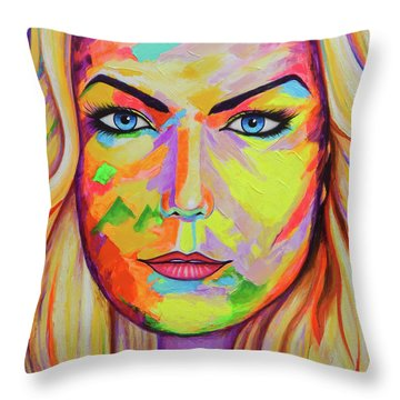 Mujer Throw Pillow by Angel Ortiz