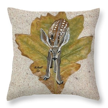 Mule Dear Fawn Throw Pillow