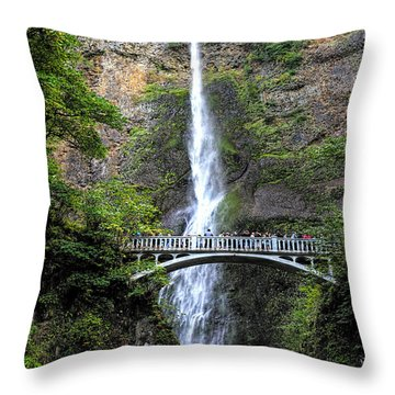 Multnomah Falls, Columbia River Gorge Throw Pillow