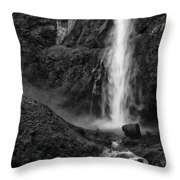 Multnomah Falls In Black And White Throw Pillow