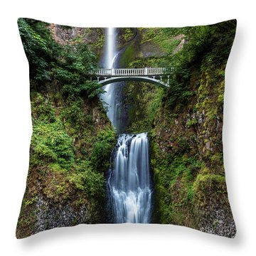 Throw Pillow featuring the photograph Multnomah Falls by Pierre Leclerc Photography
