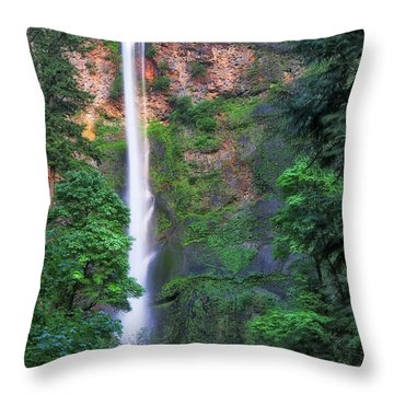 Multnomah Falls Portland Oregon Throw Pillow
