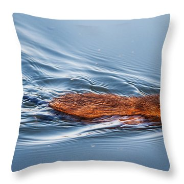 Muskrat Speed Swiming Throw Pillow