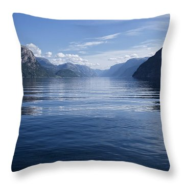 My Thoughts Keep Coming Back To You Throw Pillow