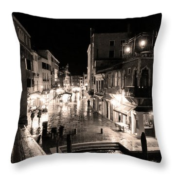 Mysterious Venice Monochrom Throw Pillow