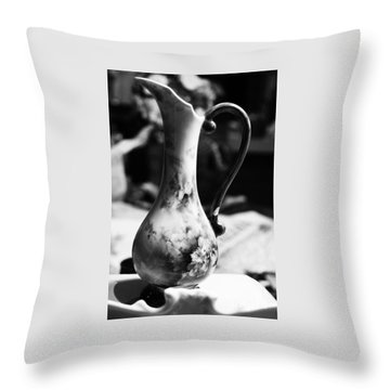 Nana's Vase Throw Pillow