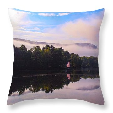 Nashawannuck Pond, Easthampton, Ma Throw Pillow