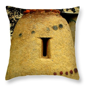 National Museum Of The American Indian 4 Throw Pillow by Randall Weidner