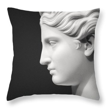 National Portrait Gallery Statue Profile Throw Pillow