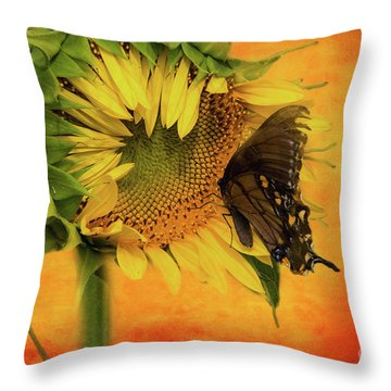 Nectar Time Throw Pillow