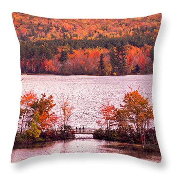New Hampshire Fall Throw Pillow