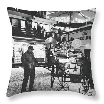 New Years Eve- Throw Pillow