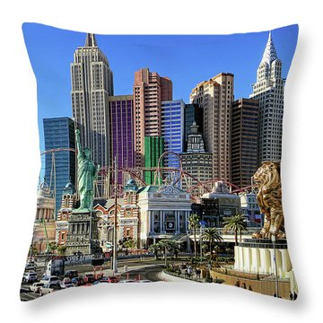 New York , New York Throw Pillow