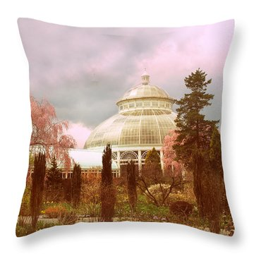 New York Botanical Garden Throw Pillow