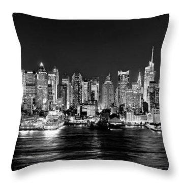Panoramas Throw Pillows