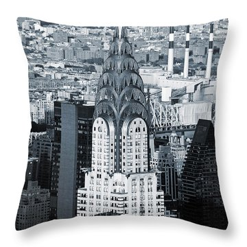 New York City - Usa - Chrysler Building Throw Pillow