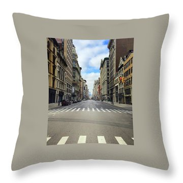 New York Edge Of City Throw Pillow