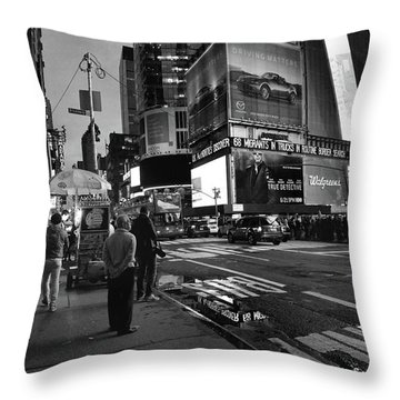 Throw Pillow featuring the photograph New York, New York 1 by Ron Cline