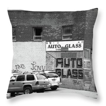 Throw Pillow featuring the photograph New York Street Photography 70 by Frank Romeo