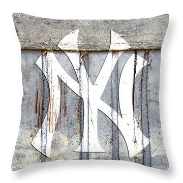 New York Yankees Rustic 2 Throw Pillow