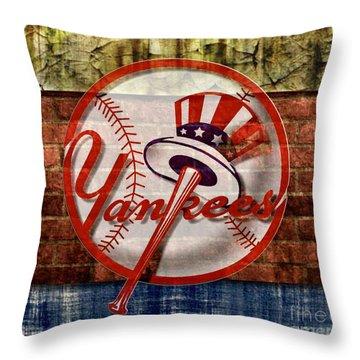 New York Yankees Top Hat Brick 2 Throw Pillow