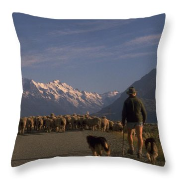 New Zealand Mt Cook Throw Pillow