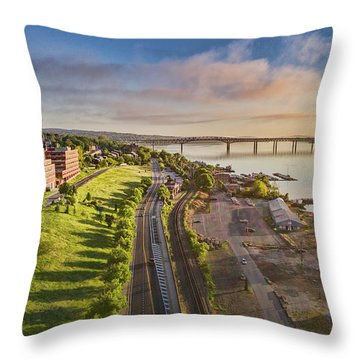 Newburgh Waterfront Looking North Throw Pillow