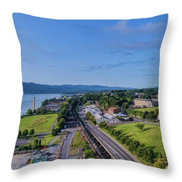 Newburgh Waterfront Looking South 4 Throw Pillow