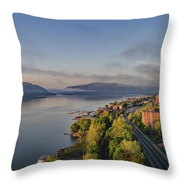 Newburgh Waterfront Looking South Throw Pillow