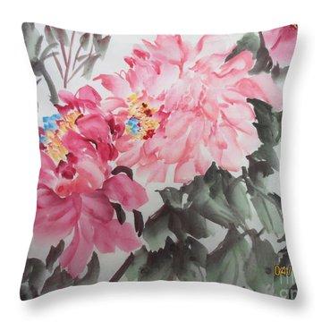 Newp04012015-664 Throw Pillow by Dongling Sun