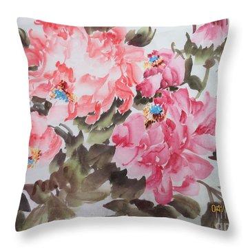 Newp04012015-668 Throw Pillow by Dongling Sun