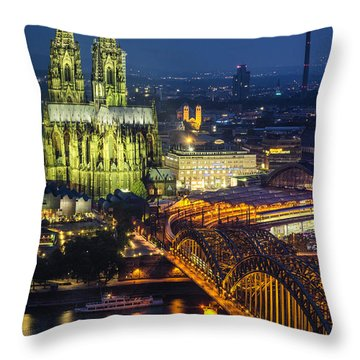 Night Falls Upon Cologne 1 Throw Pillow