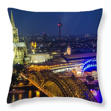 Night Falls Upon Cologne 2 Throw Pillow