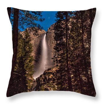 Night Sky At Yosemite Falls Throw Pillow