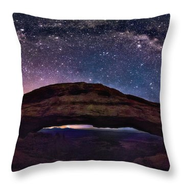 Night Sky Over Mesa Arch Utah Throw Pillow