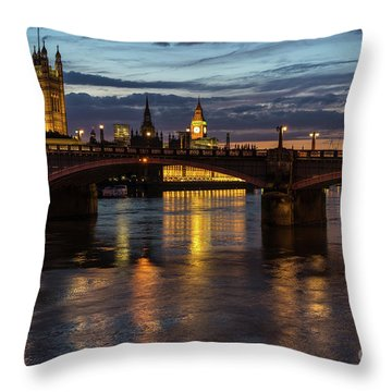 Night Thames Mood Throw Pillow
