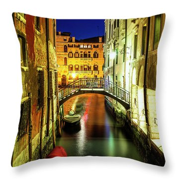 Throw Pillow featuring the photograph Nightfall In Venice by Andrew Soundarajan