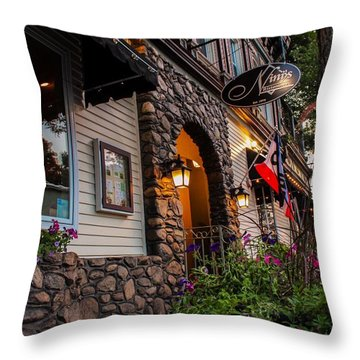 Nini's Restaurante Easthampton Throw Pillow