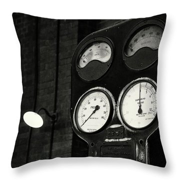 Throw Pillow featuring the photograph No Pressure by Tim Nichols