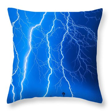 No Wind Tonight Throw Pillow